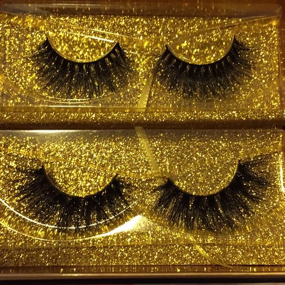 Other - 100% Mink Eyelashes